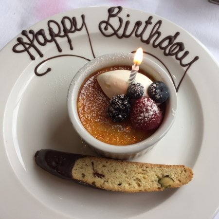 Queen's Landing: Birthday surprise dessert!