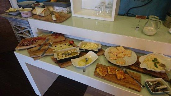 Orahovac, Monténégro : Breakfast variety + Big choice also on menu (included)