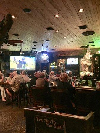Salty Sue's: Bar Area