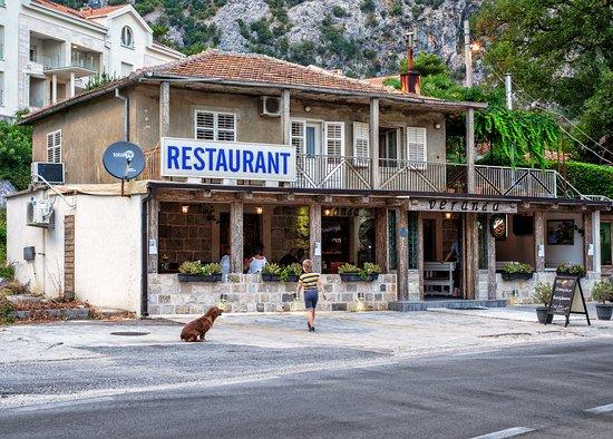 Orahovac, Monténégro : Restaurant Veranda