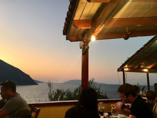 Taverna Agrapidos: photo0.jpg