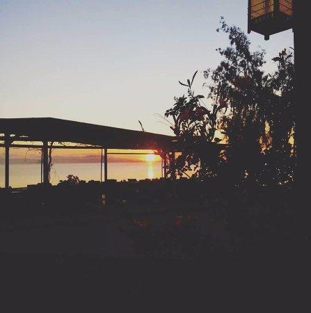 Menidi, Greece: Summer sunset @ Mythos Cafe