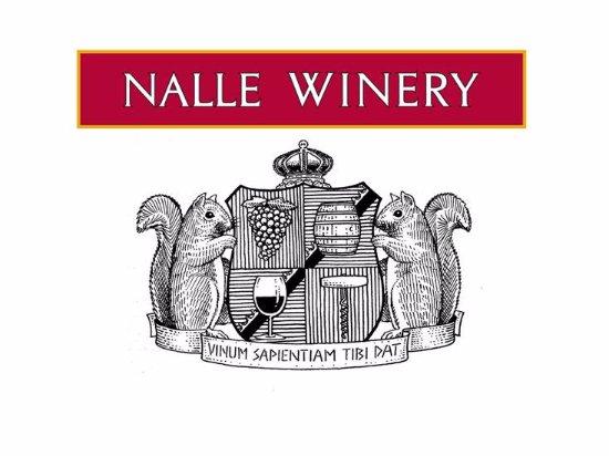 Healdsburg, CA: Family Crest: Wine Makes You Smart