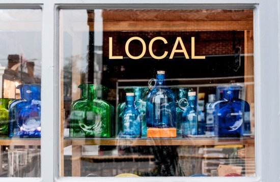 Lewisburg, WV: Downtown Shopping at Local
