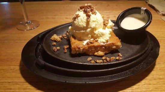 El Cajon, Californien: Blonie Butter Pecan Dessert