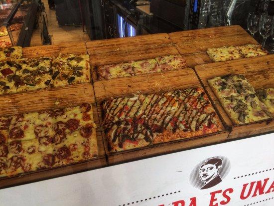 Rioja, Spain: Pizzas masa fina