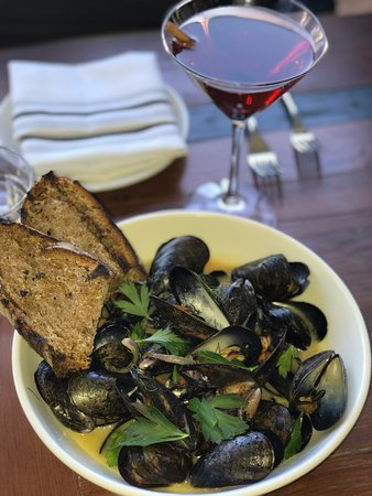 Columbia, MD: Mussels