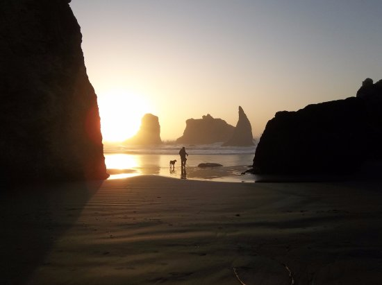 Sunset Oceanfront Lodging Aufnahme