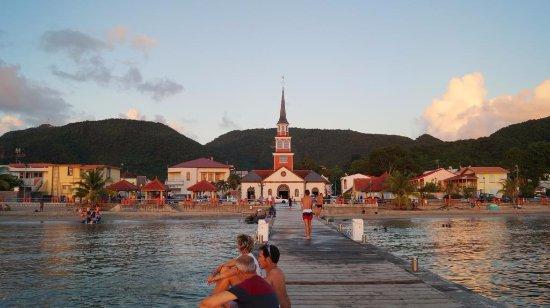 Les Anses d'Arlet, Martinique: L'église de Petite Anse
