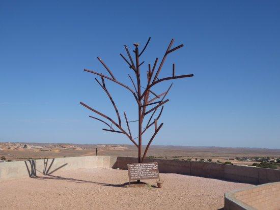Coober Pedy, Australia: Sculptor