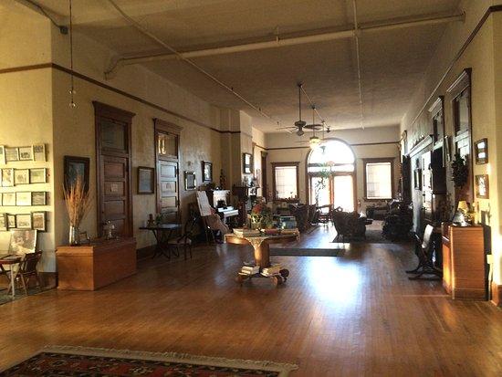 Globe, AZ: View of the former school's generous hallway