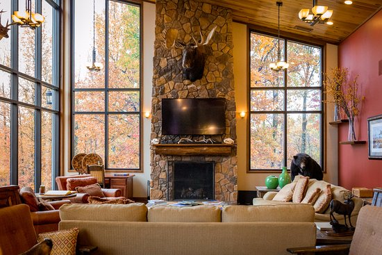 Sebree, KY: Deer Creek Lodge