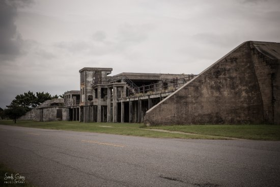 Hampton, VA: Old fort buildings