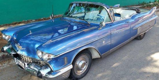 Cuban Cabriolet Tours