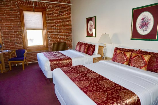 Victor, CO: Come stay in our relaxing Double Queen Room