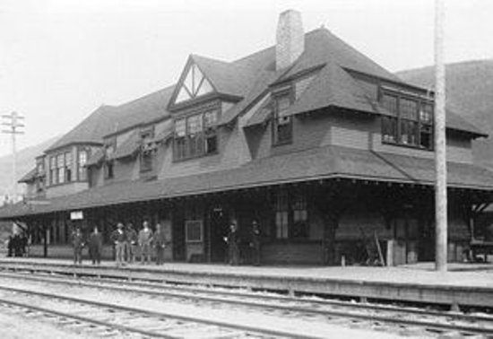 Nelson, Canada: Historic CP Station
