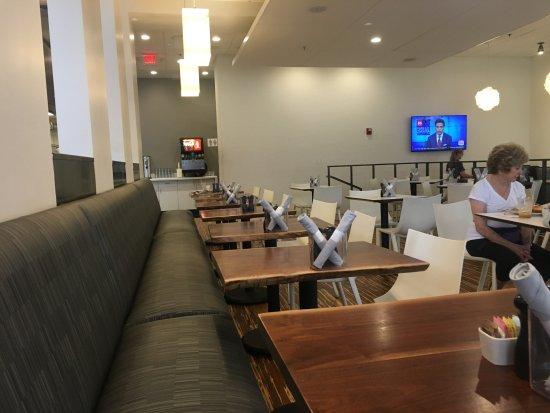 Clayton, Μιζούρι: Whitebox dining room