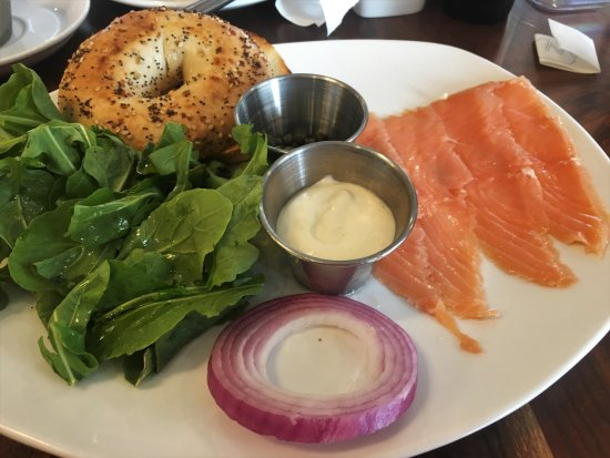 Clayton, MO : Whitebox bagel with lox
