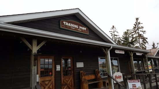 French River Trading Post: The front