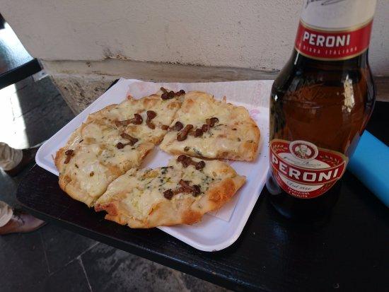 Pinsere: Pizza Italiano