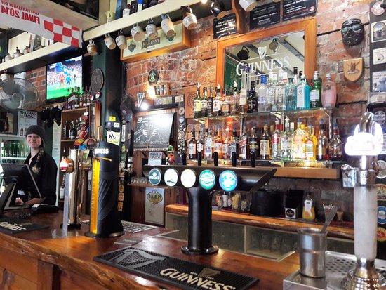 Murray's Irish bar: Bar