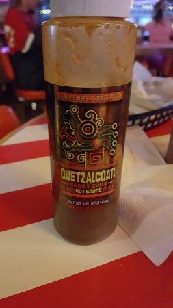 Gahanna, Огайо: Quetzacoatl Hot Sauce