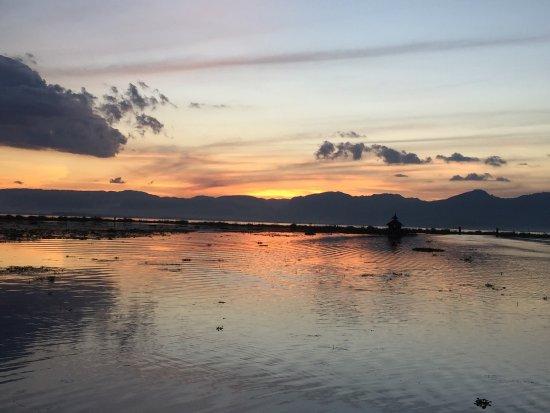 Myanmar Treasure Inle Lake : photo2.jpg