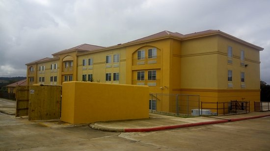 The is the back and side of La Quinta Inn & Suites Kerrville