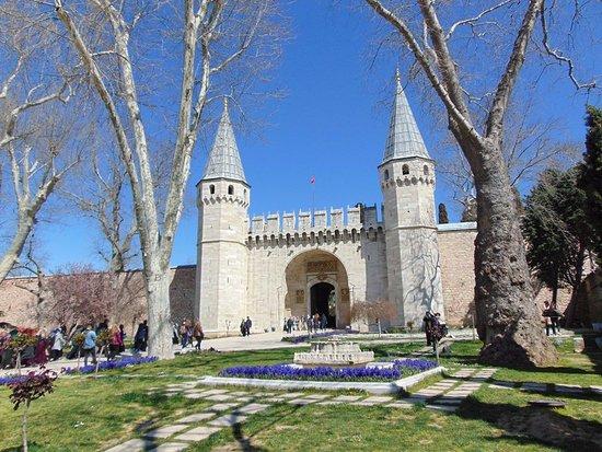 Topkapi Palace - Picture of Topkapi Palace, Istanbul ...