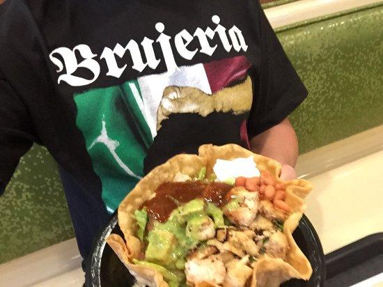 Ελ Σεγκούντο, Καλιφόρνια: Tostada salad
