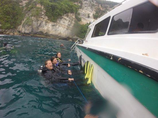 diving CANDIDASA