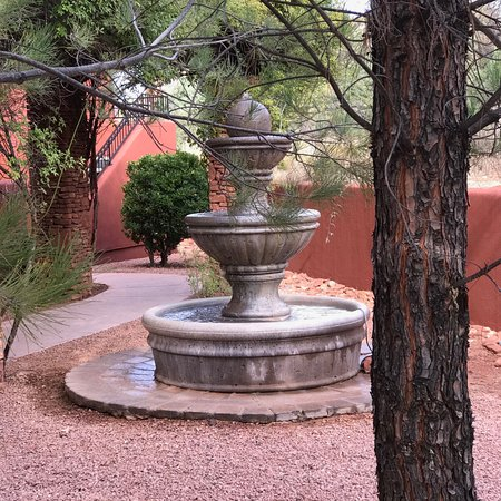 Las Posadas of Sedona: water fountain outside our door