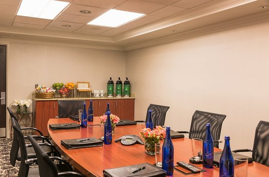 Chevy Chase, MD: The Boardroom