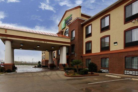 Burleson, TX: Hotel Exterior