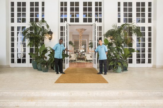 The Palms Hotel & Spa: The Palms Welcome Bellmen