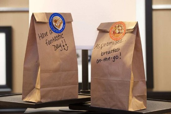 "Parsippany, NJ: ""On the Go"" Breakfast Bags"