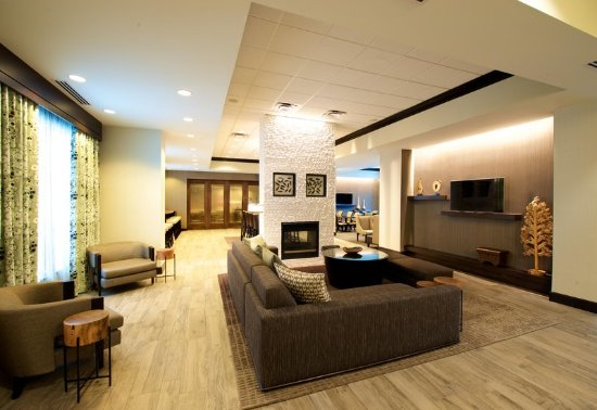 Parsippany, NJ: Seating Area in the Lobby