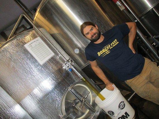 Livingston, Монтана: Brewers gone wild.... ;)