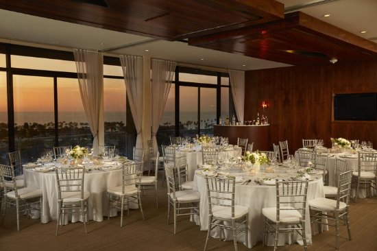 Hotel La Jolla, Curio Collection by Hilton: Event at Sunset