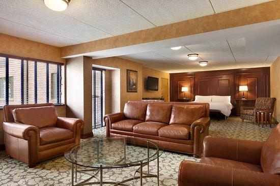 Windsor Suite Living Room Picture Of Hilton Garden Inn Rochester Pittsford Pittsford