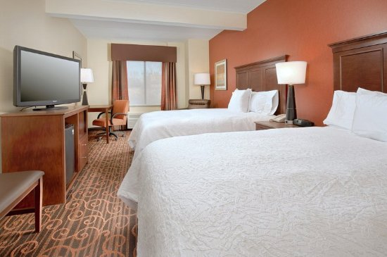 Hampton Inn Haverhill: Queen Guest Room