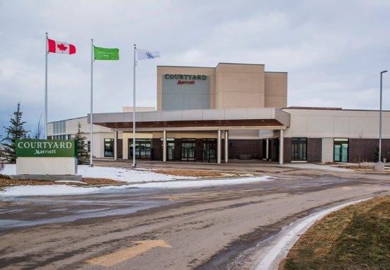 Cold Lake, Canadá: Exterior