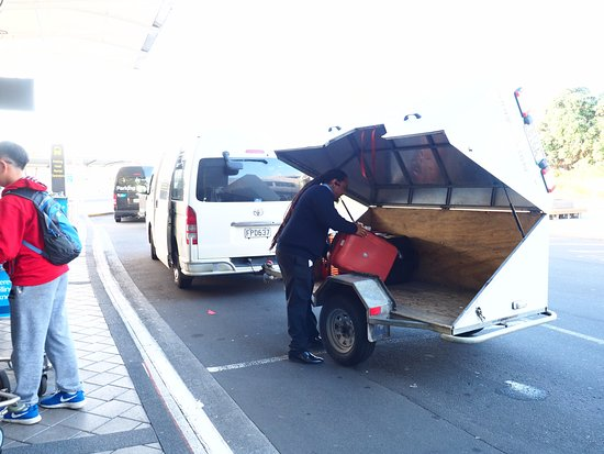 Mangere, Neuseeland: 飯店派車到機場接我們