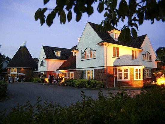 Pembury, UK: Exterior
