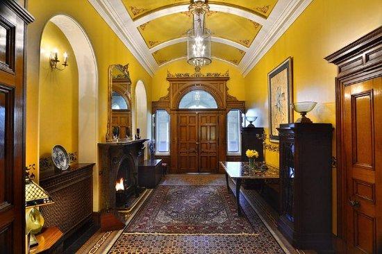 Llandderfel, UK: Entrance Hall