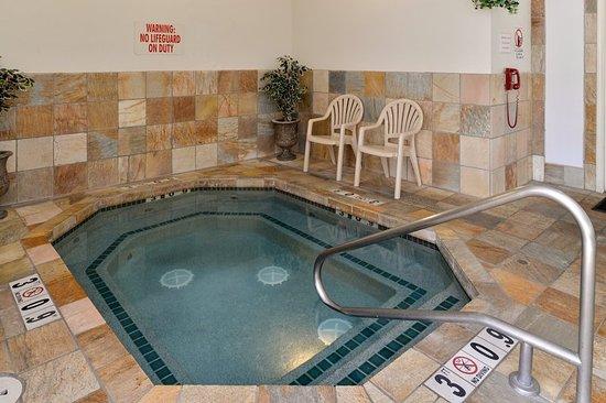 Fitness Center Nh C A Holiday Inn Express Medford Medford Tripadvisor