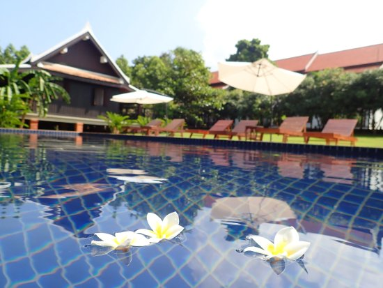 Nam Ou Riverside Hotel Resort Updated 2017 Reviews Price Comparison Luang Prabang Laos