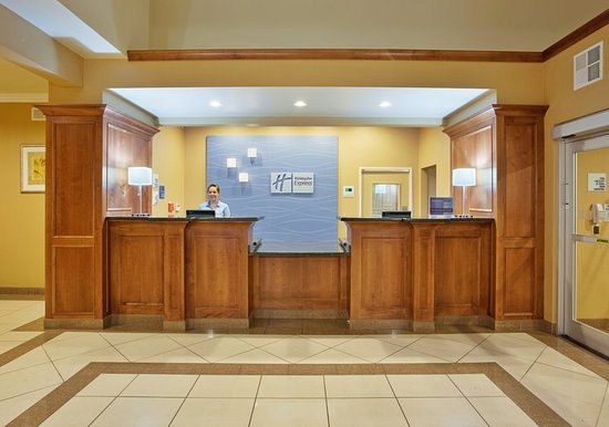 Oroville, CA: Front Desk
