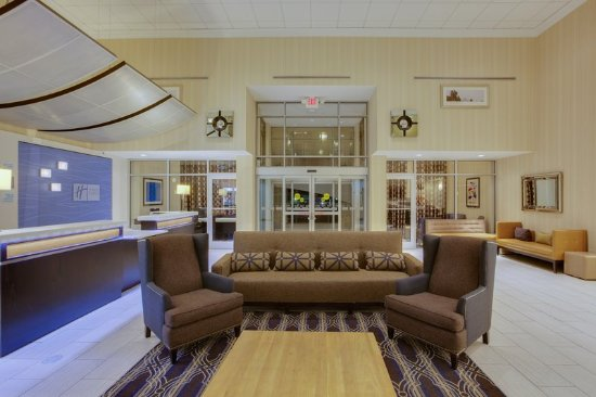 Laurel, MD: Lobby Seating Area