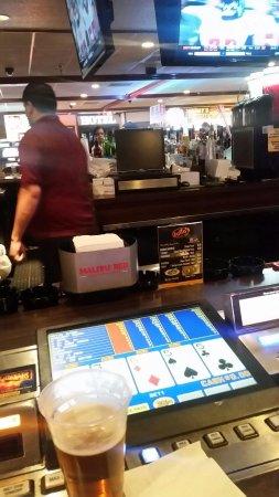 Ellis Island Casino & Brewery: 20171120_200706_large.jpg